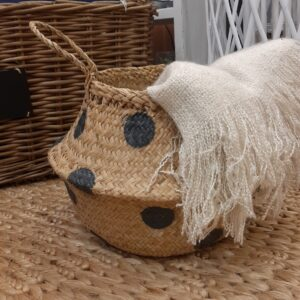 folding seagrass basket with grey spot